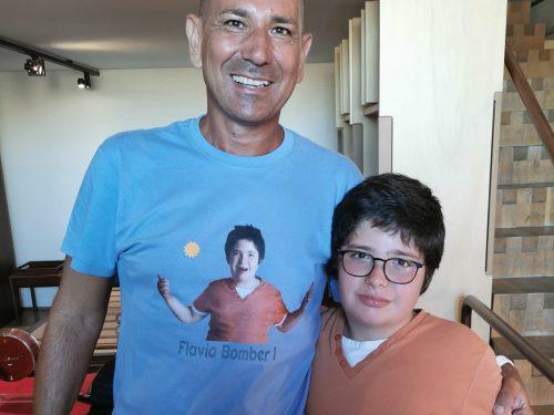 Disabilità e Inclusione: Flavio Bomber 1 e il suo primo giro in scooter (video)