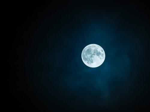 """Il 18 ottobre tutti """"All'ombra della luna"""""""