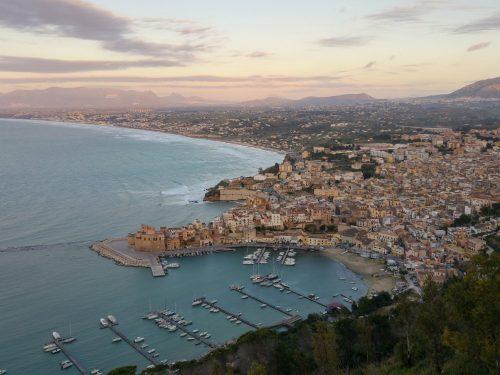 A Castellammare del Golfo un convegno su Identità Siciliana e Comunitaria