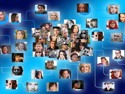 L'universo dell'informazione: Corretto utilizzo dei mass media